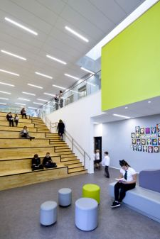 The amphitheatre seating acts as a breakout space and collaboration areas